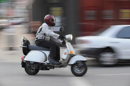 scooter, bromfietsexamen, praktijkexamen, bromfiets, brommerrijbewijs