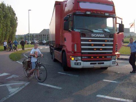 dode hoek vrachtwagen