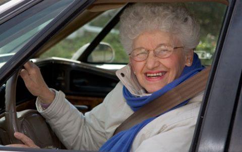 bejaarde bestuurder