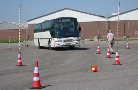 rijles, bus, rijopleiding, rijschool