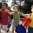 kinderen, spelen, straat, bewegen