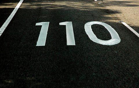 110, kilometer per uur, snelheid, snelweg, maximum