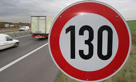 verkeer, maximumsnelheid, 130 kilometer per uur, snelweg