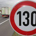 130 kilometer per uur, snelweg