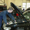 automonteur, garage, werkplaats