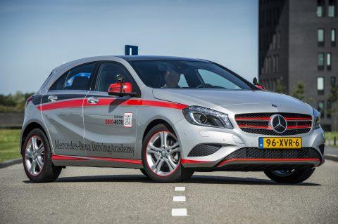 Mercedes-Benz, lesauto, rijschool, Driving Academy