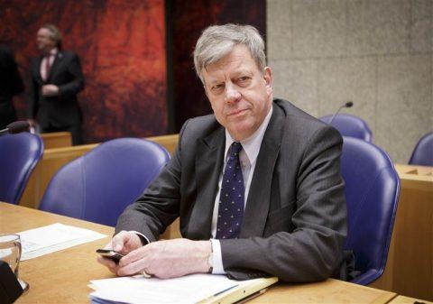 Ivo Opstelten, minister, Veiligheid en Justitie, Tweede Kamer