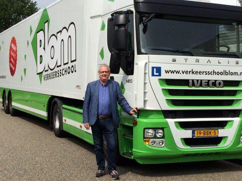 Blom, Sjef van de Ven, vrachtauto