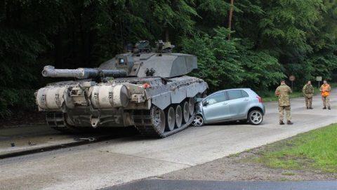 Tank over lesauto