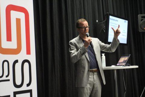 Guido Sluijsmans van SD-Insights, tijdens de SDC Summit in Houten