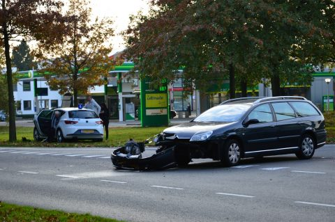 Ongeval met lesauto in Eemnes. Foto: AS Media