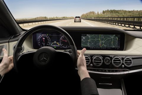 Mercedes intelligent Drive