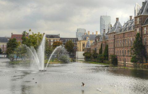 Hofvijver Den Haag. foto Flickr/Alias 0591